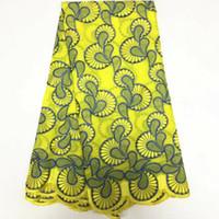 ingrosso cortile di ricamo svizzero-5 Yards / pc vendita superiore tessuto giallo cotone africano e ricamo blu merletto svizzero del voile per i vestiti BC138-8
