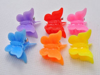 Wholesale animal clamp - 100pcs mixed Color butterfly clips for kids Plastic Butterfly Mini Hair Claw Clips Clamp for Kids gift multicolor