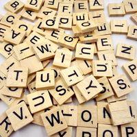 ahşap alfabe mektupları toptan satış-100 adetpaket Ahşap Bulmaca Kutusu Alfabe Scrabble Fayans Harfler El Sanatları Için Karışık Siyah Harfler Sayılar El Sanatları Ahşap Bilmecenin kareler