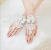 Wholesale White Gloves For Girls - Stock White Princess Short Kids Gloves For Girls Beads Fingerless Wedding Dress Gloves Bow White Costume Accessories Lace Dance Show Gloves