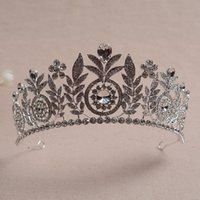 Wholesale wholesale rhinestone pageant crowns - Wholesale Luxury Shinning Rhinestons Wedding Crowns Sweet 15 Quinceanera Tiaras Girls Pageant Celebrities Hair Accessories Headpiece