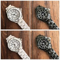 Wholesale ladies ceramic - Luxury Brand Lady White Black Ceramic Watches High Quality Quartz Wristwatches For Women Fashion Exquisite Women