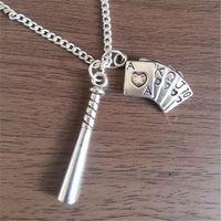 colares de charme de beisebol venda por atacado-12 pçs / lote Harley Quinn Inspirado Esquadrão Suicida Colar De Beisebol Bat e Deck of Cards
