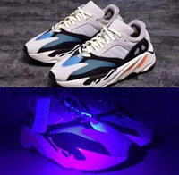 Wholesale Red Lace Material - Wave Runner 700 Kanye West Glow in Dark Reflective line 2017 New Running shoes size 36-46 With Boost bottom and 3M material
