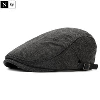 chapeaux de journaux d'hiver achat en gros de-En gros-2016 solide vintage laine béret hommes os plat casquette d'hiver chapeaux pour hommes bérets chapeau femelle gavroche chapeau à capuchon femmes bérets