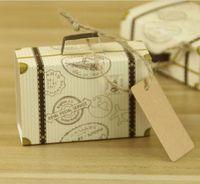 mini carte valise achat en gros de-NOUVEAU Creative Mini Valise Boîte De Bonbons Emballage De Bonbons Carton De Mariage Boîte De Cadeau D'événement Parti Fournitures Faveurs De Mariage avec Carte