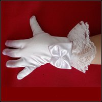 Wholesale Satin Gloves White Short - 2016 Short Flower Girl Fingerless Gloves Satin Bead Lace Children White Winter Kids Princess Bridal Accessories Cheap In Stock Free Shipping