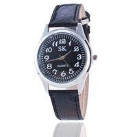 relógios digitais venda por atacado-O envio gratuito de estilo Quente quente Digital velho homem relógio amantes da correia senhoras relógio Grande por atacado relógio de Quartzo dos homens