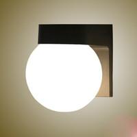 lámparas de pared espejo al por mayor-Lámpara de pared LED de la bola de acrílico Lámpara de pared de la bola de la cama, lámpara de pared al aire libre AC85-265V Lámpara de jardín anti-niebla del espejo de las luces LED Lámpara de jardín