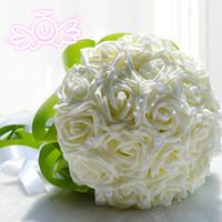mor rose çiçek buketi toptan satış-2017 Yapay Düğün Çiçekler Gelin Nedime Buketleri Ücretsiz Nakliye Gül İpek Şerit El Tutun Buque De Noiva Fildişi Pembe Mor Kırmızı