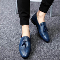 Wholesale fall knitting patterns - Spring New Designer Men Casual Comfort Shoes Blue Tassel Charm Knit Pattern Leather Shoes Trending Leisure Shoes Man Plus Size 12 13 14