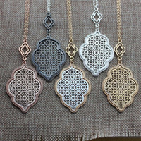 Wholesale Copper Filigree Necklace - Christmas Gift Fashion Boutique Filigree Clover Pendant Necklace for Women Long Chain Hollow Openwork Two Tone Geometric Necklaces Pendants