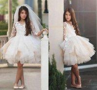 concurso para la venta al por mayor-Puffy faldas corto vestido de bola de las muchachas de las flores vestidos 3/4 manga larga Jewel Neck Girls desfile de vestidos con apliques para la venta 2018
