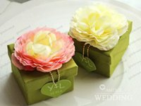 Wholesale Wedding Favour Party Flower - Wedding Favors Candy Boxes Lotus Wedding Gift Boxes Chocolate Paper Box Wedding Party Flowers Favour Boxes GLO