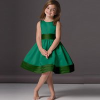 Wholesale Emerald Green Ribbon - 2017 Cheap Emerald Green Flower Girl Dresses A Line Scoop Knee Length Satin Sleeveless Puffy Party Wear Girls Gown Custom Made