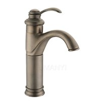 Großhandel Einzelhandel Bad Bassin Armaturen Antique Messing gebürstet Bronze Single Hebel Griff Deck Mount Hot Cold Mixer WC Waschbecken Hähne ABMPL046