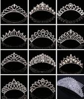 aksesuarlar taç takımı toptan satış-Köpüklü Kristal Gelin Taç Düğün Taçlar Pearl Rhinestone Tiaras Saç Combs Saç Pin Gelin için 2017 Lüks Saç Takı Aksesuarları