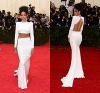 vestidos largos rihanna al por mayor-Sexy Dos piezas Vestidos de baile Rihanna Blanco Vestidos de celebridades Cuello alto sin respaldo Con pliegues Mangas largas Vaina Tren de barrido Vestidos de noche de moda