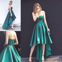 ingrosso abito modesto verde scuro-High Low Dark Green Prom Dresses 2018 Sweetheart Pieghe Una linea anteriore Split Satin Modest Evening Party Pageant Abiti economici Custom Made