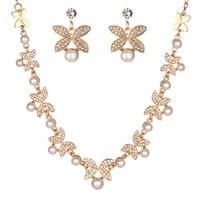 New Gold / Silver Color Rhinestone Crystal Butterfly Necklace Dangle brincos Set para meninas Imitação Pearl Brilda Jewelry Set Wholesale
