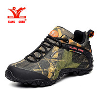 Wholesale Massage Fish - 2017 XIANG GUAN man outdoor waterproof canvas hiking shoes low boots Anti skid Wear resistant breathable fish climbing snekaers 36-48