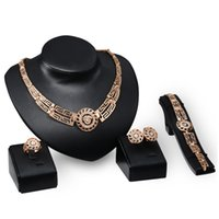 price wedding rings sets al por mayor-18K chapado en oro esmalte cabeza de león collar pulsera aretes anillo de la joyería para las mujeres conjuntos de joyería de la boda 4 unids / set precio al por mayor