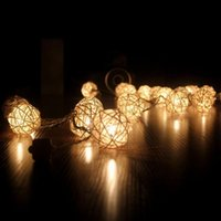 All'ingrosso- 2.2m 20 Lampadine Rattan Balls LED String Lights Romantic Wedding Xmas Decor Bianco / Warm White / Colorful USB Rattan Balls String Light