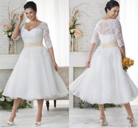 A Line Knee Length Tulle Custom Wedding Dress Bridal Gowns White Plus Size Lace Half Sleeve Sweetheart Sash Crystal Short Dresses