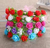 foto de damas gratis al por mayor-Lady Bride Flowers Beach Wedding Photo Floral Garland Diademas Florista Hoja Hecha A Mano Hairband Nuevo Accesorios para el cabello envío gratis