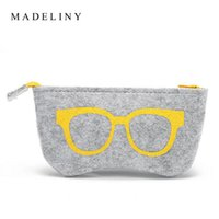 Wholesale Top grade Felt Cloth Sunglasses Boxes High Quality Luxury Fabric Fashion Classic Glasses Case Eyeglasses Accessories High Range