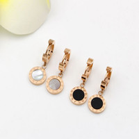 Wholesale Woman Stainless Steel Earings - Hot Selling Fashion Earring Gold-color Stud Earrings For Women black shell Earings Fashion Jewelry