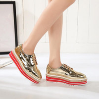 Atacado- Plataforma de mulheres Oxfords Brogue Flats Shoes Ladies Patent Leather Lace Up Marca de luxo Silver gold oxford shoes for women Creepers