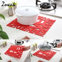 Atacado- Feltro Red Pot Pad Placemat Plate Holder Cozinha Isolamento Tapetes Mat Mat Resistant Heat Protection Liquid Absorbent Love Pattern