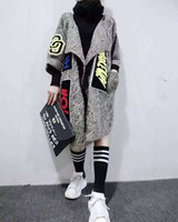 chandails en applique achat en gros de-Gros-2016 New Women Individuality Appliques Long Cardigans Mode Épais Tricoté Chandail Manteau Femmes Chandail Châle Et Ponchos