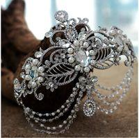 yeni gümüş gelin saç aksesuarları toptan satış-100% Marka Yeni Düğün Gelin Kristal Rhinestone İnci Gümüş Taç Frontlet Bantlar Tiara Başlığı Saç Aksesuarları Balo Takı Perakende