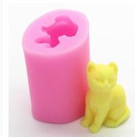 ingrosso forme di candele-Stampi di sapone in silicone 3D a forma di mini stampi per cupcake a forma di gatto Strumenti di stampaggio a candela per dolci a mano rosa e giallo 5nf J R