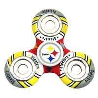 Plastique de football Prix-Equipe de football Fidget Spinner Plastic America Football Tri-spinner Famous Soccer Team Logo EDC Anti-stress Décompression Fidget Spinners Toy