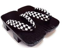 Wholesale Japanese Flats Sandals - Unisex GETA Japanese SAMURAI Clogs Wood Sandals clogs flat wood heel square toe shoes summer plank slippers sandals