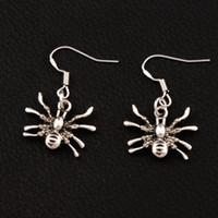 arañas araña al por mayor-Arrastrándose Spider Earrings 925 Silver Fish Ear Hook 40pairs / lot Antique Silver Chandelier E037 19.4x29mm