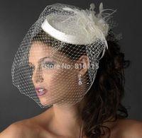 véu de chapéu de noiva venda por atacado-Bonito Branco / Marfim Birdcage Nupcial Flor Penas Fascinator Noiva Casamento Chapéus Cara Véus