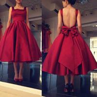 çay yay toptan satış-Çay Boyu A Line Kırmızı Gelinlik Modelleri Backless Big Bow Kare Saten Wedding Guest Elbise Custom Made Kokteyl Parti Elbise Örgün Önlükler