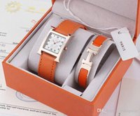 Wholesale Ladies White Leather Watch - Fashion Top Brand 2 Sets Women Luxury Watch Bracelet With Gift box Rose gold Dresses Wristwatches for lady girl Water Resistant Montre Femme