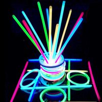 Multi Color Hot Glow Stick Bracelet Colliers Party Flashing Light Stick Nouveauté Toy Concert Flashing Light Stick Nouveauté Toy KKA2305
