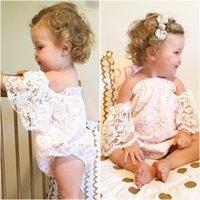 kelebek çiçek giyim toptan satış-INS Rahat Beyaz Kızlar Tulum Yaz Bebek Bebek Kız Çiçek Tam Dantel Kelebek Kollu Romper Tatlı Kıyafet Prenses Elbise 0-24Mos ücretsiz