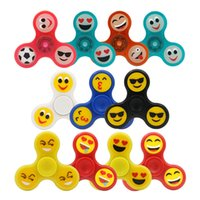 Wholesale Spinning Glow Toys - Glow Emoji Fidget Spinners Triangle Design Hand Spinner EDC Toys For Decompression Anxiety Spinning Top 3003062