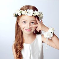 Wholesale Wreath Summer - Wholesale- Summer 2Pcs Set Wedding Bride Party Girl Lace Flowers Floral Crown Garland Headband & Hand Flower Wreath Sets For Women Lady