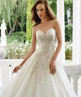 Wholesale Embroidery Aline Wedding Dress - 2017 Modest Sweetheart Aline Bridal Gowns Beautiful Lace Embroidery Wedding Dresses Sweep Train Vestidos De Novia Custom Made