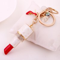 Wholesale cars keychains free shipping - New Fashion Charm Lipstick Keychain Shining Lovers Female Sexy Gift Rhinestone Pretty Car Keyring Noble Pendant
