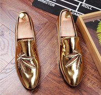 Nouveau style britannique Hommes occasionnels Robes de soirée fêtard Glitter Rhinestone Homecoming Prom chaussures chaussures Sapato Social Masculino AXX421