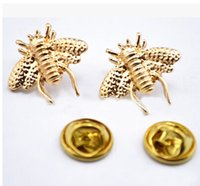 Wholesale Christmas Broches - Wholesale- 2015 wedding Brooches For bride Gold plated Lapel Pins Cute Little Bee Shirt Collar Brooch Christmas Broches Accessories Bijoux